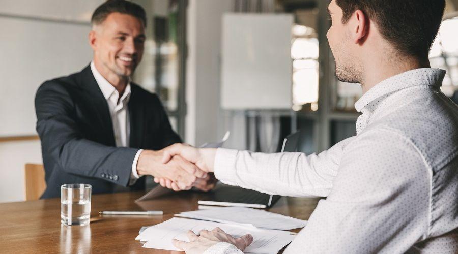 Entretien d'embauche : des conseils en or pour décrocher un emploi !