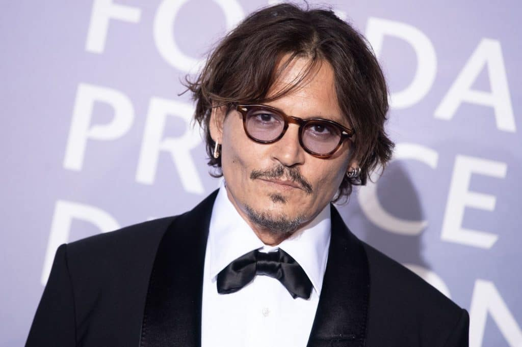 Johnny Depp… un cogneur de femmes !