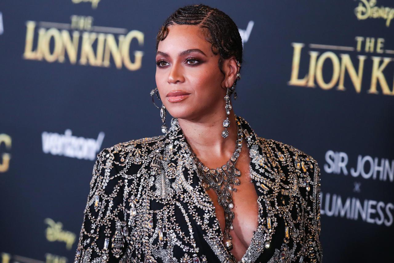 Beyoncé. Inconsolable, la chanteuse durement frappée par la Covid-19