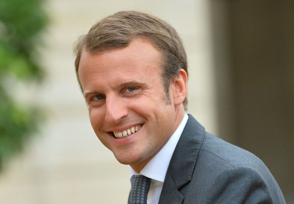 Emmanuel Macron voulait un selfie avec Cyril Hanouna
