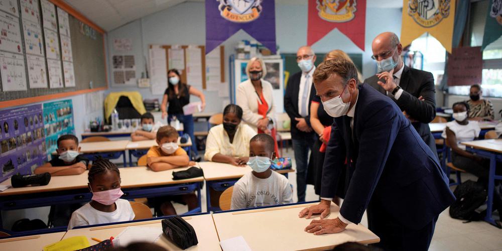 Emmanuel Macron dévoile son salaire