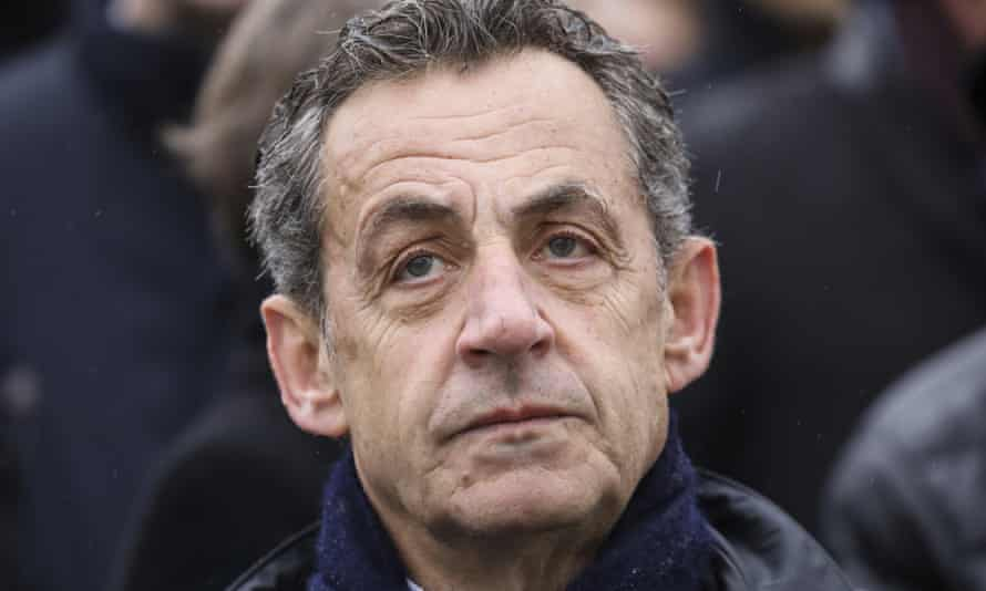 Nicolas Sarkozy sort du silence!