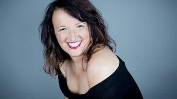 Anne Roumanoff : Elle avoue avoir succombé à la chirurgie esthétique