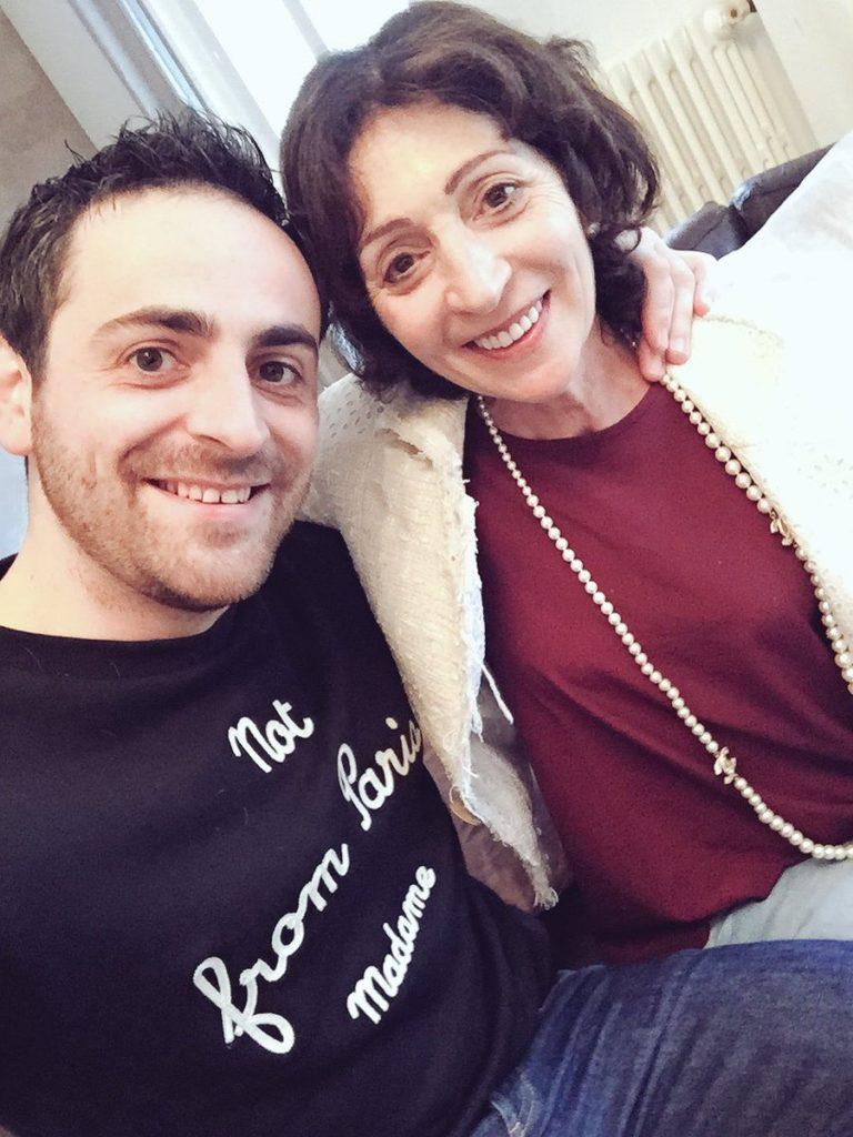l'animateur et sa maman
