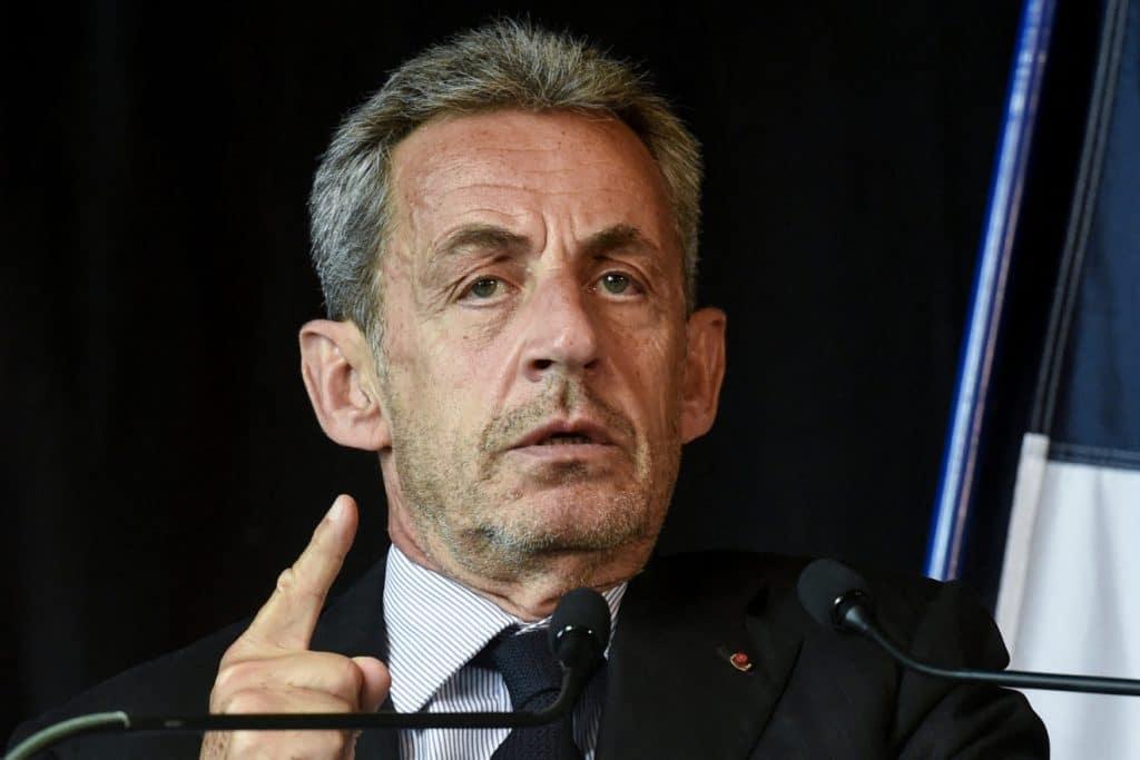 Nicolas Sarkozy sort du silence