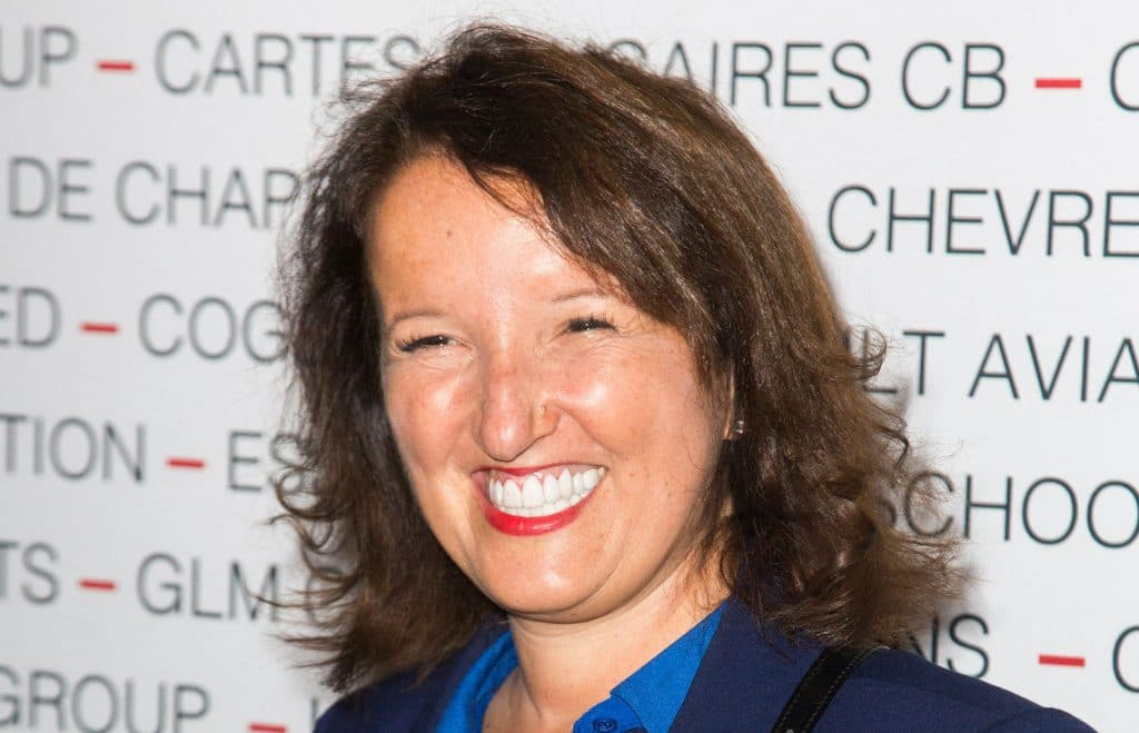 Anne Roumanoff : Elle avoue avoir succombé à la chirurgie esthétiquec