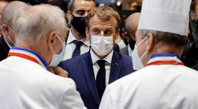 Emmanuel Macron victime d'un jet d'oeuf