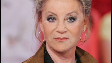 "Sheila victime : ""Soyez vigilants""… la chanteuse met en garde ses fans !"