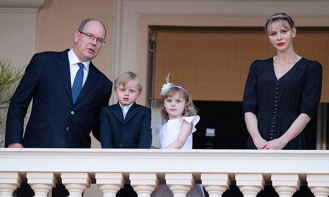 Le prince Albert souffre douloureusement de l'absence de sa chérie