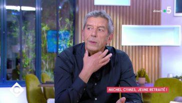 """Michel Cymes en colère contre les médecins antivax : """"Ce sont des tarés"""""""