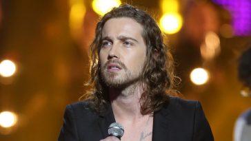 Julien Doré critiqué pour sa présence dans 'The Voice Kids', il rétorque !